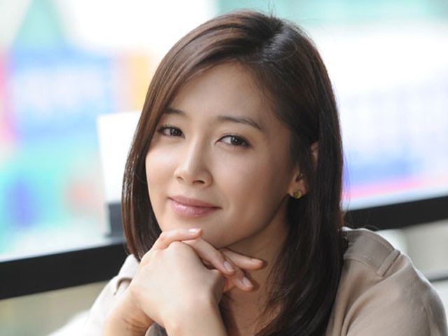 Nam Sang Mi Cast In Light And Shadow Couch Kimchi
