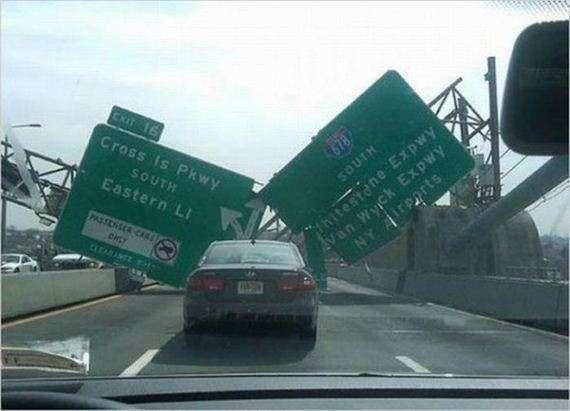 27703411 - Accidentes bizarros de coches